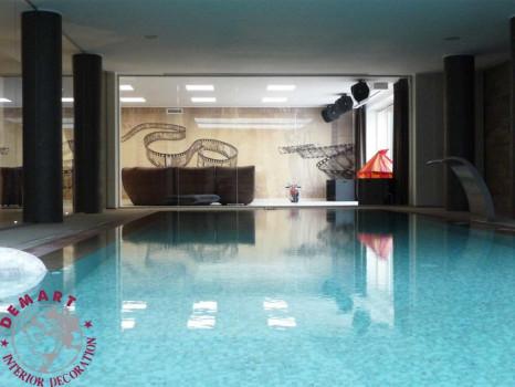 decorazione-parete-interna-piscina-privata-soggiorno-gigantografia