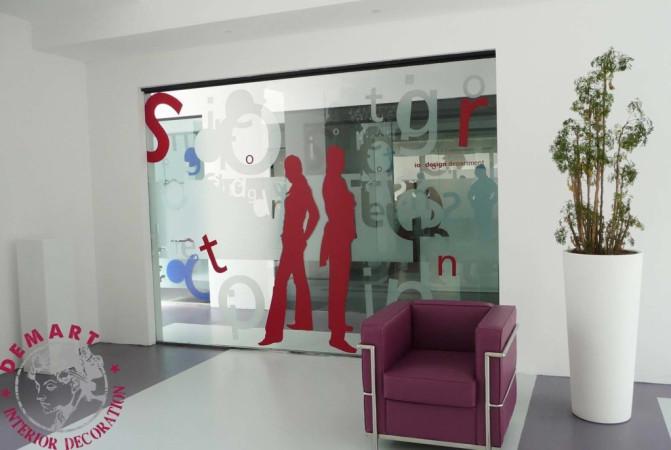 decorazione-parete-porta-vetro-ufficio