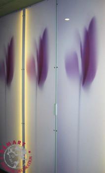 stampa-digitale-diretta-plexiglass-hotel-armadio-corridoio