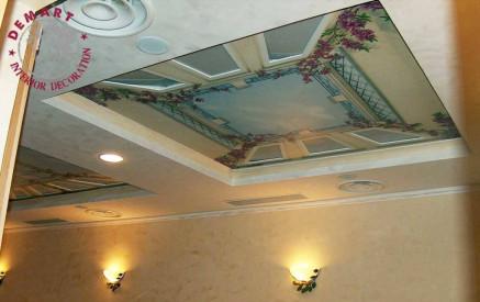 decorazione-soffitto-ristorante-trompe-loeil
