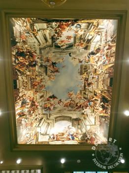decorazione-soffitto-hotel