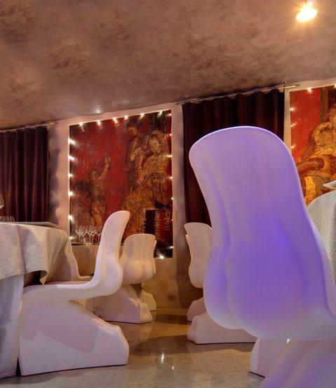 decorazione-parete-ristorante-arcano-nizza-monferrato