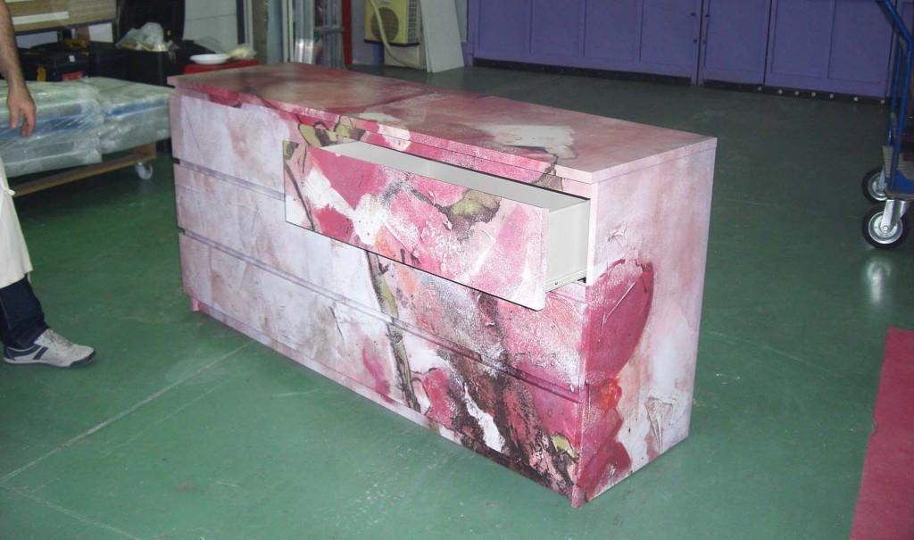Pellicola adesiva per decorazione mobili e vetrine cos 39 for Pellicola adesiva mobili