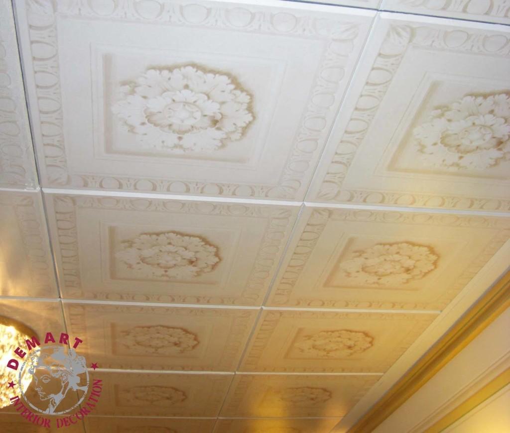 Colore Soffitto Uguale Alle Pareti: Colore soffitto corridoio basso illuminazione e colori.