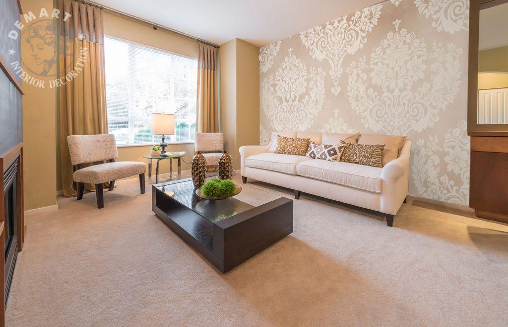 carta-parati-stile-barocco-crema-grigio-soggiorno